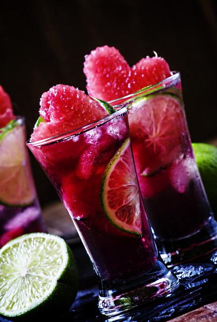 röd cocktail